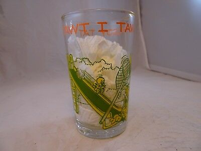 "Vintage 1974 ""I Tawt I Taw A Puddy Tat"" Warner Brothers Juice Glass, Tweety Bird"