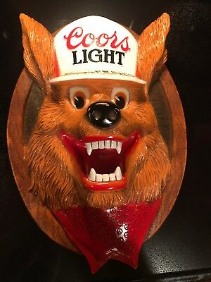 Vintage Coors Light Beer Wolf 3D Plastic Molded Wall Plaque