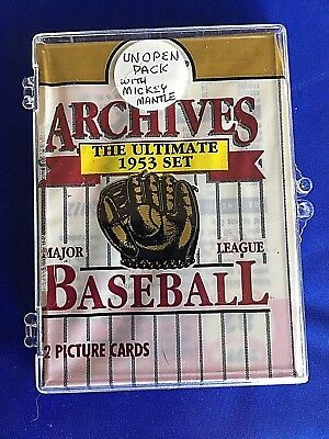 Unopened 1991 TOPPS ARCHIVES BASEBALL Wax Pack featuring Mickey Mantle Card #82