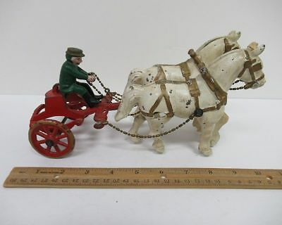 Antique Vintage Cast Iron Toy Horse Drawn Sulky Cart w/Driver Made in USA wz371