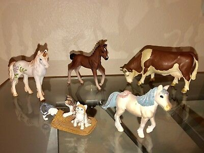 schleich lot animals Lot 5 Unicorn, Horse, Cow, Pony, Cats Playing Rug