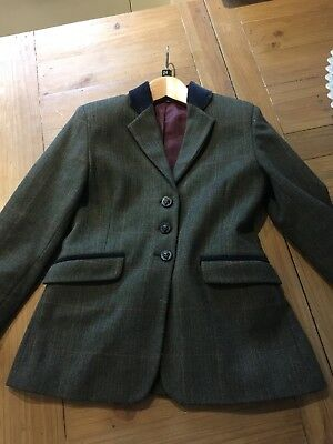 """Tagg 26"""" Childs Tweed Show Jacket."""
