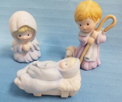 AVON 1986 Heavenly Blessings Nativity Figurines Holy Family 3 PC Christmas