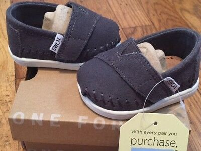 e15f4cc17 Toms Tiny Classics Ash Gray Suede Infant Baby Boy Girl Shoes Size 2 NEW