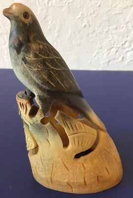 VINTAGE Chinese Beautifully Hand CARVED HORN BIRD Nature SCULPTURE Statue