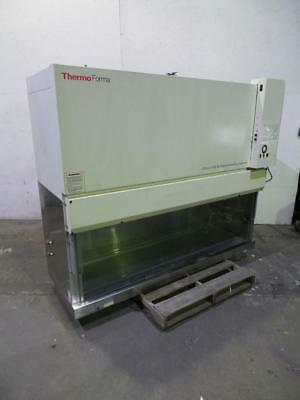 Thermo Fisher Model 1286 Class II A2 Biological Cabinet