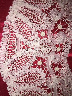 Antique IVORY BRUSSELS LACE COLLAR FOR DRESS Excellent Condition