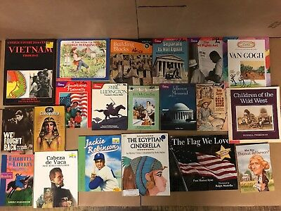 Lot of 24 America US History World Constitution Scholastic Kid Children Book Y67
