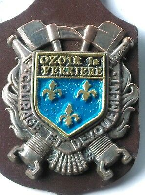 insigne pompier , Ozoir la Ferriere , obsolete