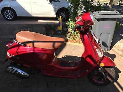 Skyteam Florida 50cc Moped, 2017 very low mileage 16+
