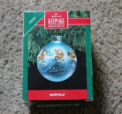1990 Hallmark Ornament Garfield  MIB
