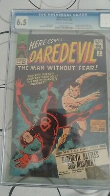 Daredevil #7 CGC 6.5 OW/W pages, First Red Costume, Netflix series