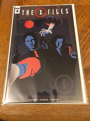 X-Files #4 Graphic Cover Variant