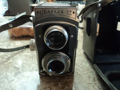 vintage Graflex 22 camera TLR with case
