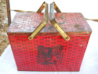 Vintage 1905 Industrial Tiger Bright Sweet Chewing Tobacco Lunch Pail Tin Box