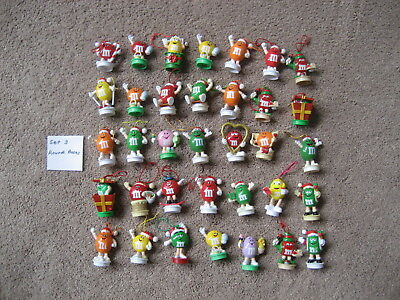 M&m's-  35 M&m Round Base Toppers-  Set 3