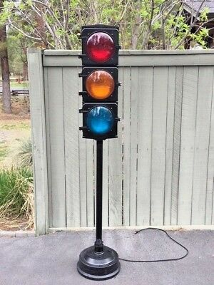 Vintage 3 lens traffic signal, Man Cave, Garage, Shop