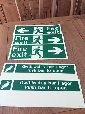 Set of 3 Fire Exit Signs + 2 Push Bar To Open Signs In English & Welsh