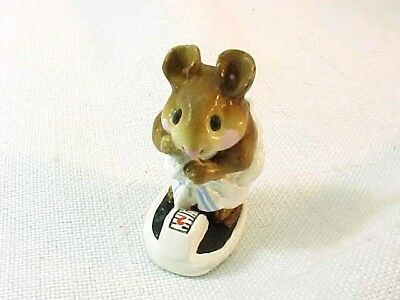 "Wee Forest Folk 1986 ""Just Checking"" M-140 Mouse On Scale With Box AP"