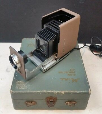 Minolta Mini 35mm Slide Projector & Case Vintage 1960s