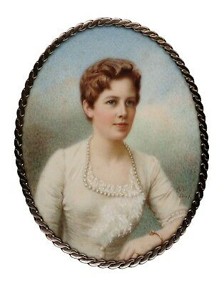 Beautiful Signed WWII Portrait Miniature of a Lady
