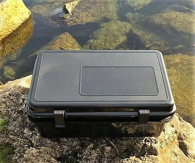 Dry Box Medium for Scuba Diving, Snorkelling, kayaking, Sailing With O-Ring Seal