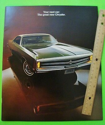 1969 CHRYSLER HUGE PRESTIGE CATALOG Brochure 36-pgs NEW YORKER Newport 300 XLNT+