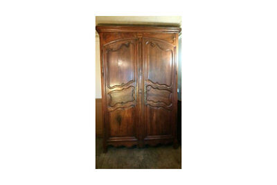 Antique French ornate carved chestnut Louis style armoire wardrobe linen press
