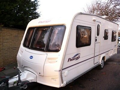 2006 Bailey Pageant Burgundy 4 berth Fixed Bed caravan