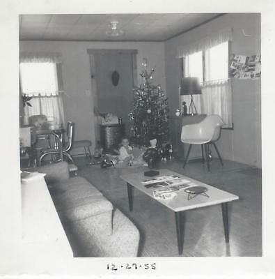 vtg 1950s CHRISTMAS int TREE LIVING ROOM retro TABLE CHAIRS SOFA child PHOTO