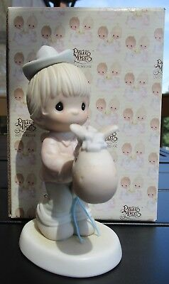 PRECIOUS MOMENTS 1989 HOPE YOU'RE UP AND ON THE TRAIL AGAIN #521205 w/BOX EUC