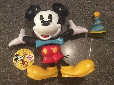 NEW Mickey 90th Birthday Disney Parks Souvenir Sipper Cup & Button Disneyland