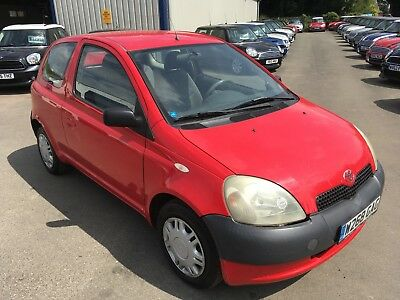 NO RESERVE**TOYOTA YARIS 1.0 3dr HATCH RED MOT MAY 19 **LEFT HAND DRIVE**