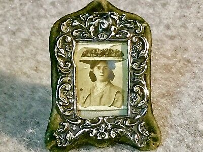Minature Antique Silver Photograph Frame 1.1/4 Inches Across 2 Inches High