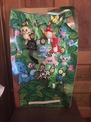 2005 McDonalds Neopets Keychains Happy Meal Toy Display