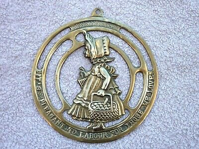 Vintage Brass It's Pleasant To Labour For Those We Love Attractive Wall Plaque