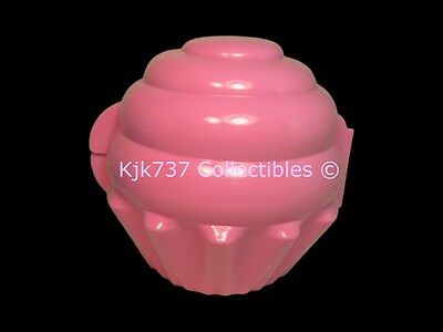 Brand New Rare Tupperware Pink Muffin Cupcake Keeper Taker - Lunch Box Holder!