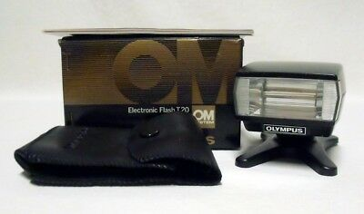 OLYMPUS T 20 Electronic Flash Unit Tested Working OM System w/Case Manual & Box