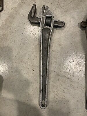 """Reed Manufacturing ARWO18 18"""" Aluminum Offset Pipe Wrench ~ Used!"""