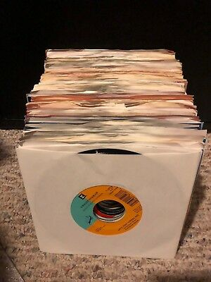 """45's (7"""") Lot: Mostly 1970's & 1990's Country: Kenny Rogers - Toby Keith +"""