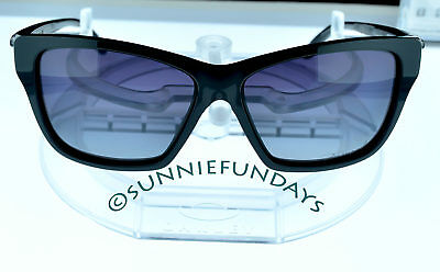 c316de0fef43a OAKLEY HOLD ON POLARIZED Polished BLACK Frame w GREY Gradient lens 9298-06