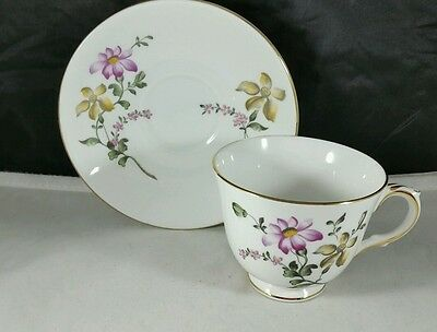 Crown Staffordshire English Bone China Teacup and Saucer Pink Daisies