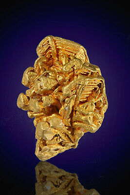 Magnificent Hoppering Gold Crystal From Brazil Nuggets Bullion
