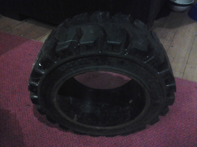 10X5X6-1//2 tires Wide Track solid forklift press-on tire 10x5x6.5 traction 1056