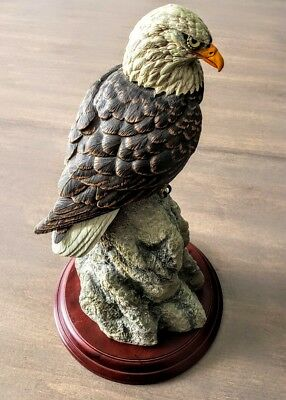 """Franklin Mint """"american Bald Eagle"""" Porcelain - 15"""" Tall With Stand"""