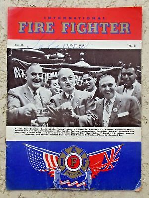 """Int'l FIRE FIGHTER Magazine Aug 1957 """"UNDERPAID-UNDERMANNED"""" Vol XL No.8 SALARIE"""