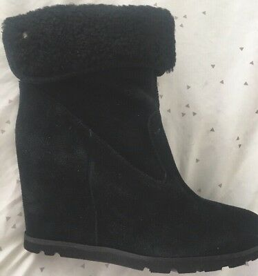 34df6a8f6a4 NEW! UGG AUSTRALIA KYRA Shearling Leather Cuffed Wedge Boots Booties ...