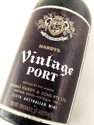 1975 HARDYS Bin D332 Vintage Port ISLE OF WINE