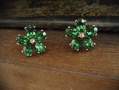 Vintage Jewellery Emerald Green Crystal Flower Pierced Earrings
