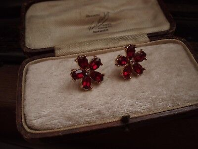Vintage Jewellery Ruby Red & Light Amethyst Crystal Flower Pierced Earrings